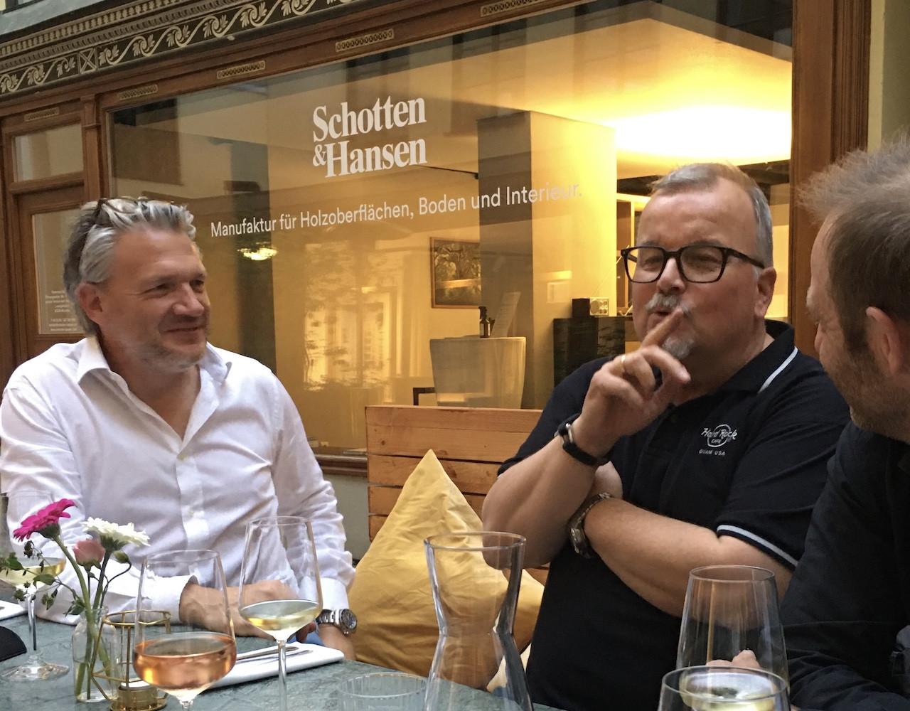 Florian Spitta, Inhaber des Ludwig 8 mit Architekt Sven Pott